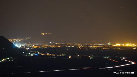 Nachtaufnahme von Bozen, Südtirol.